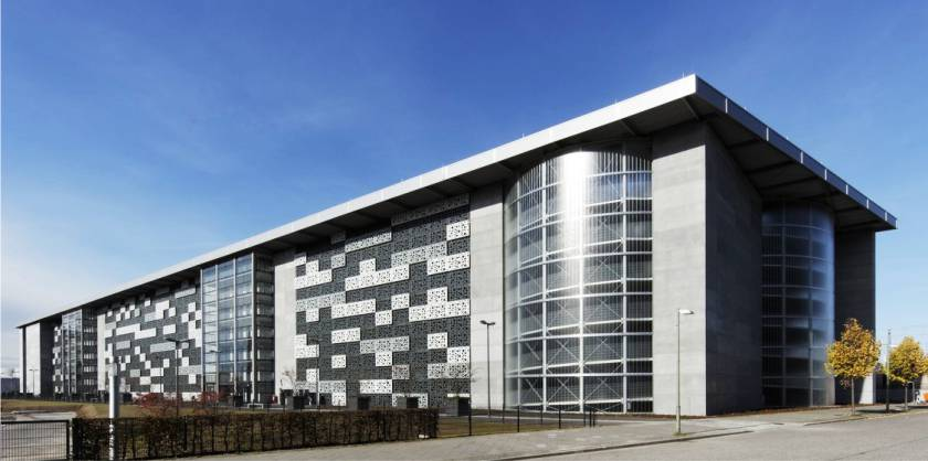 parkcon - Parkhaus Mercedes-Benz Arena Berlin